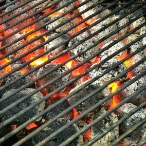 Usare la pietra lavica nel barbecue
