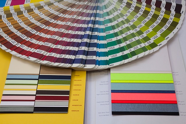 pantone per pareti colorate