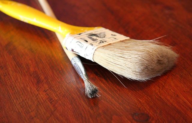 vernice a cera per legno