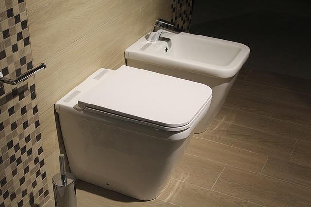 la scelta dei materiali per il bagno